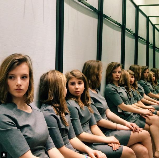 Girls in photo